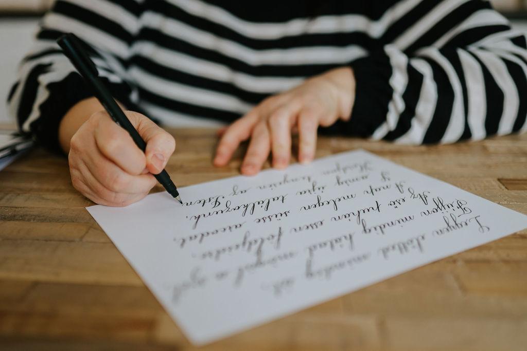 kalligráfia ecsetfilc